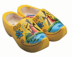 http://iamnotwitless.files.wordpress.com/2011/03/yellow-wooden-shoes.jpg
